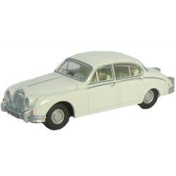 Jaguar MKII Old English White
