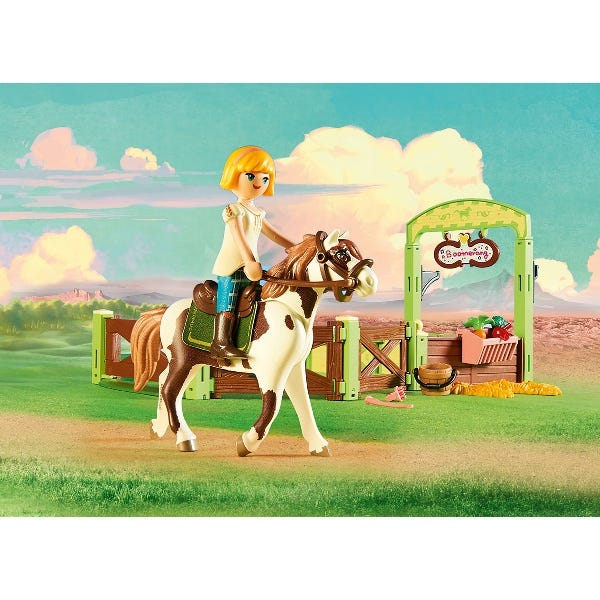Playmobil Spirit Riding Free Abigail And Boomerang With Horse Stall
