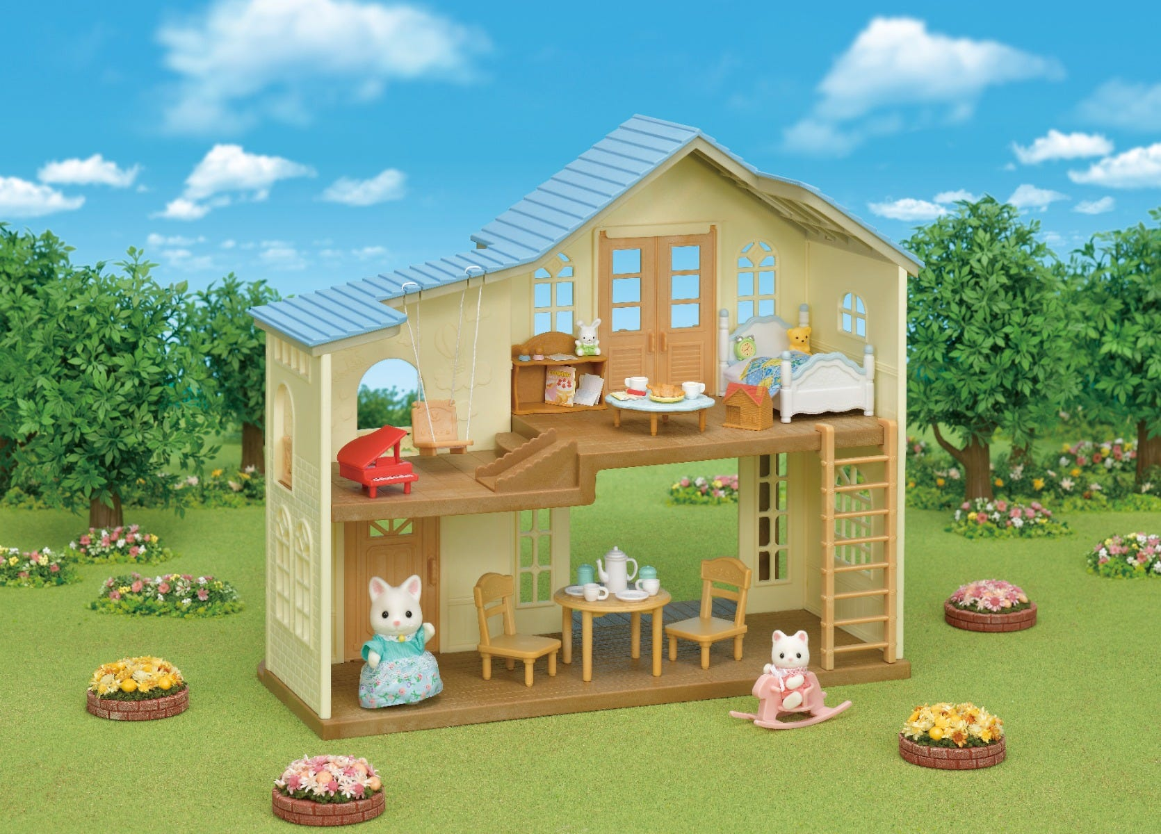 Sylvanian Families Hill Crest House Gift Set